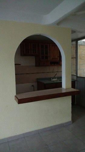 venta casa con terreno excedente
