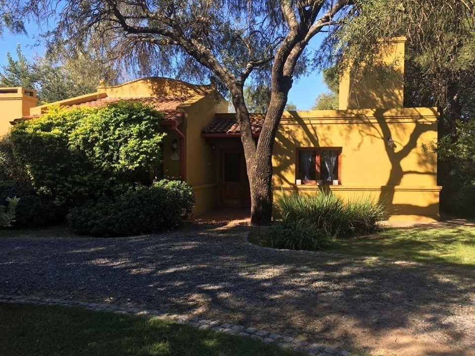 venta casa córdoba- lomas de los carolinos
