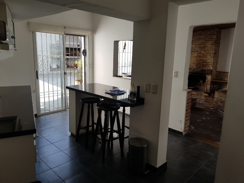 venta casa cordon 6 dormitorios y garaje