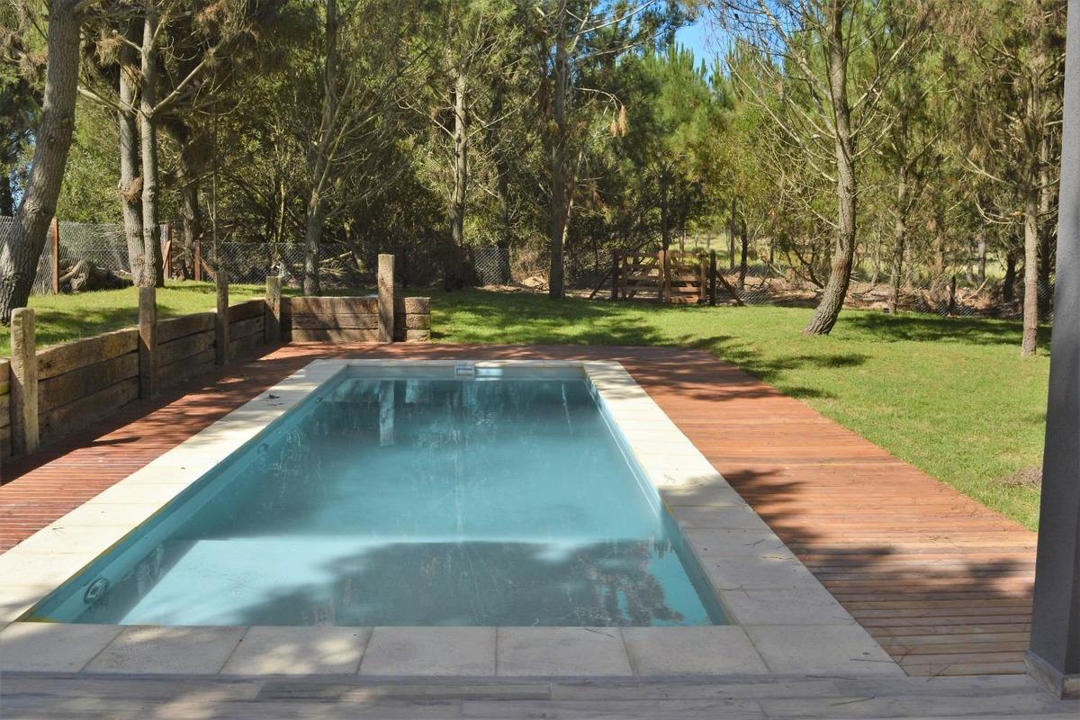 venta casa costa esmeralda barrio cerrado isla del golf 0304