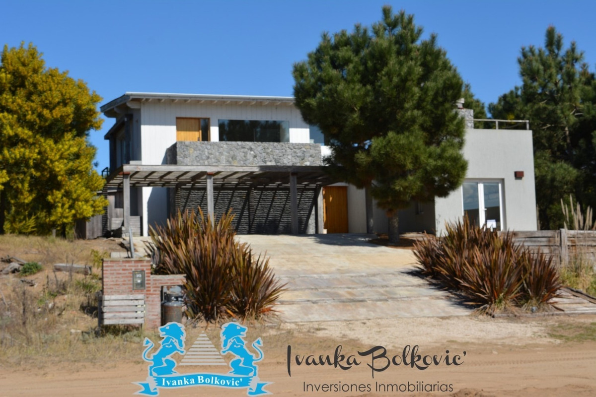 venta casa costa esmeralda barrio cerrado  piscina 0031