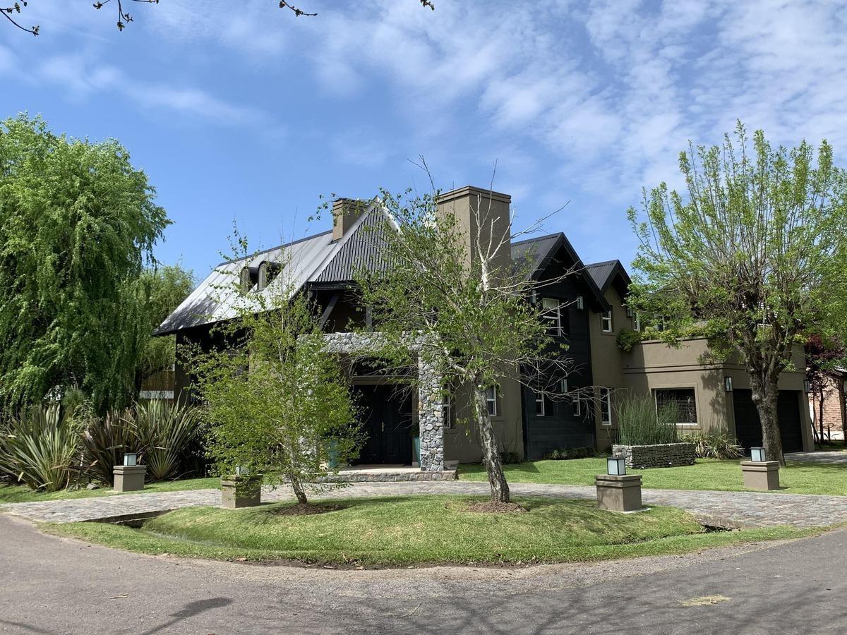 venta casa country banco provincia francisco alvarez barrio cerrado