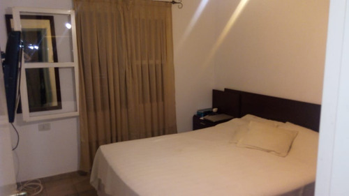 venta casa de 2 dormitorios  b° natania 19