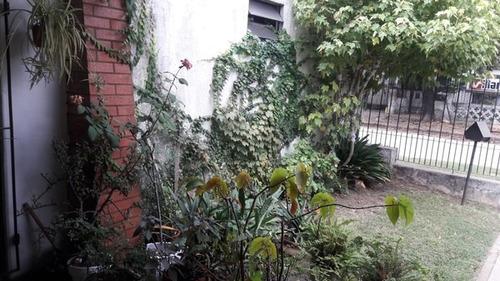 venta casa de 3 ambientes + segunda vivienda o quincho lanus
