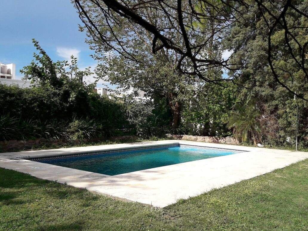 venta casa de 3 dorm b° san alfonso - villa allende