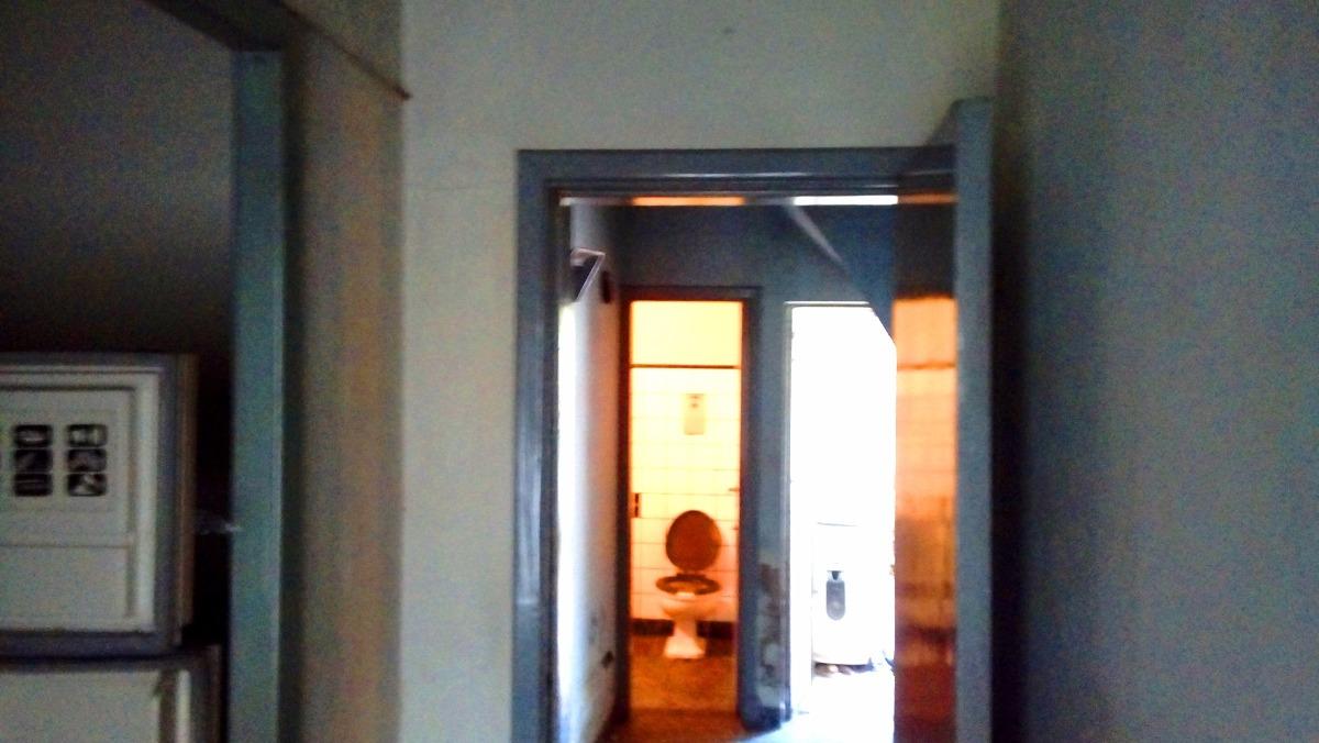 venta casa de 4 ambientes a refaccionar