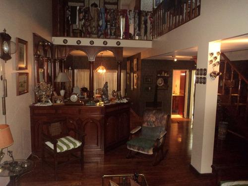 venta casa de 5 ambientes con fondo y garage liniers.