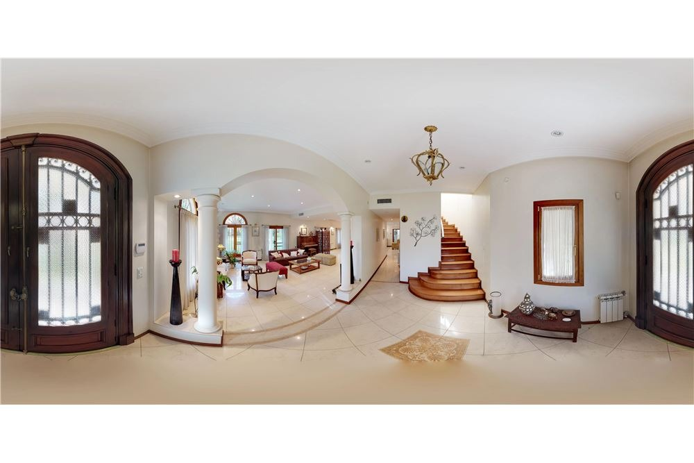 venta casa de 800m2 y 7.300m2 en el trebol permuta