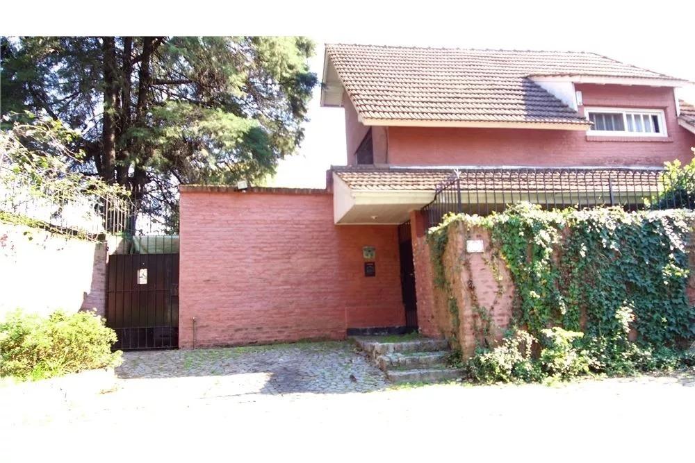 venta casa de categoría en zona residencial- san isidro
