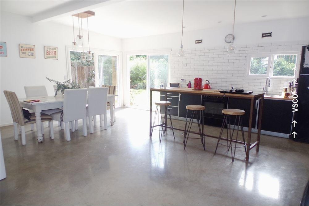 venta casa de diseño 4 ambientes el jaguel