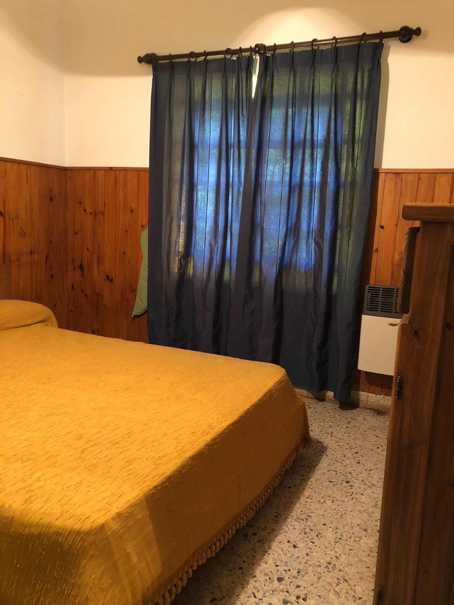 venta casa de dos dormitorios . roldan