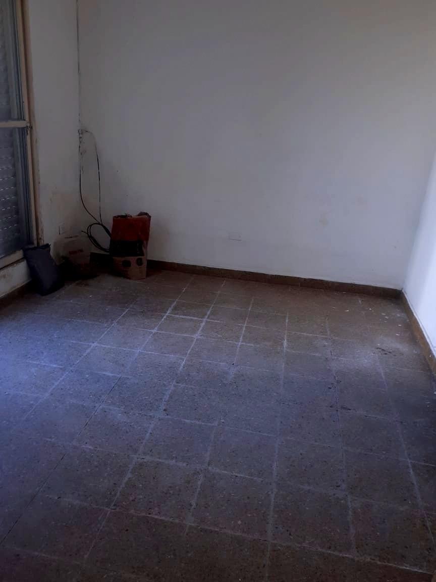 venta casa   depto ameghino sur con escritura
