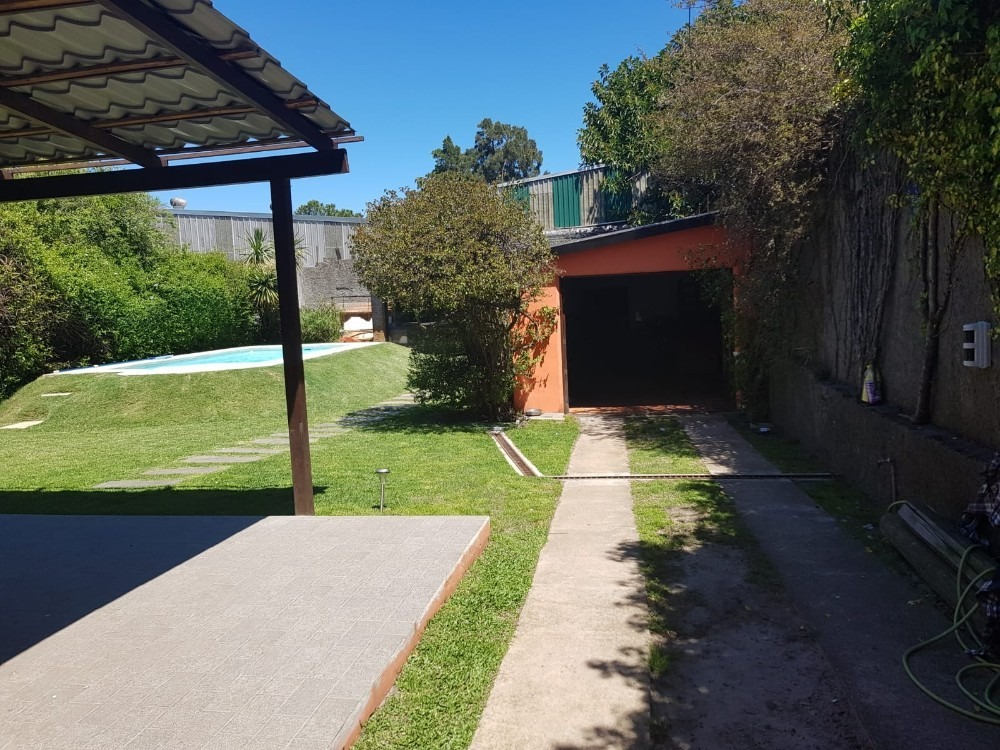 venta casa divina, barra de carrasco, gran terreno, brasilia