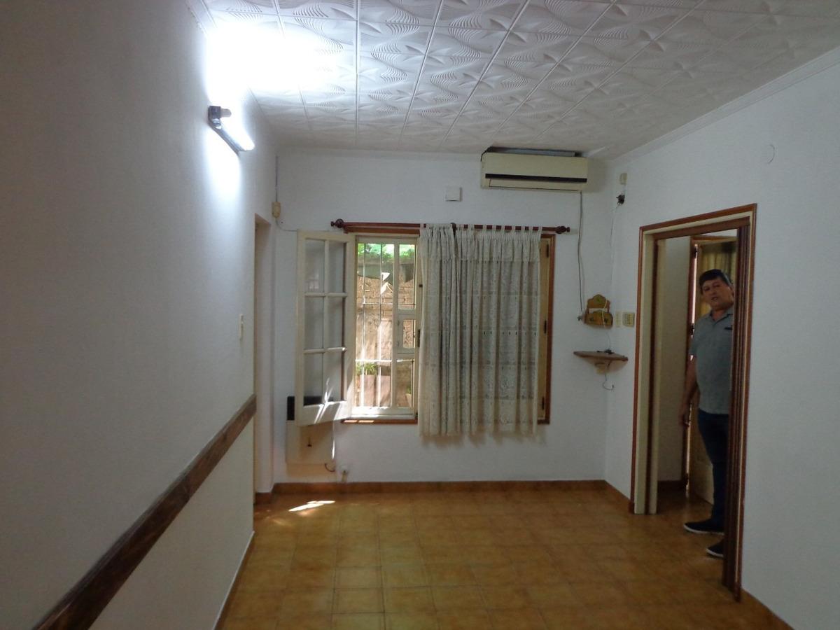 venta casa dos dormitorios mas comodin juan pablo ii  1100