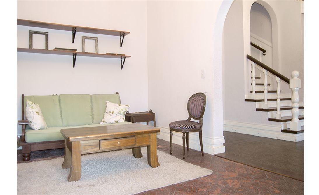 venta casa en b° villa flaubert  9 ambientes