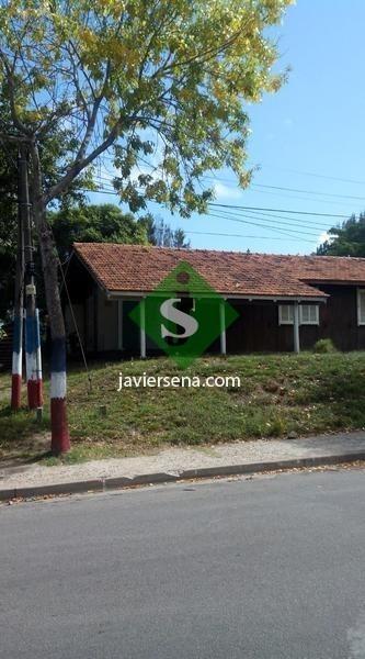 venta casa en barrio iporá +  2 aptos en alquiler- ref: 43639