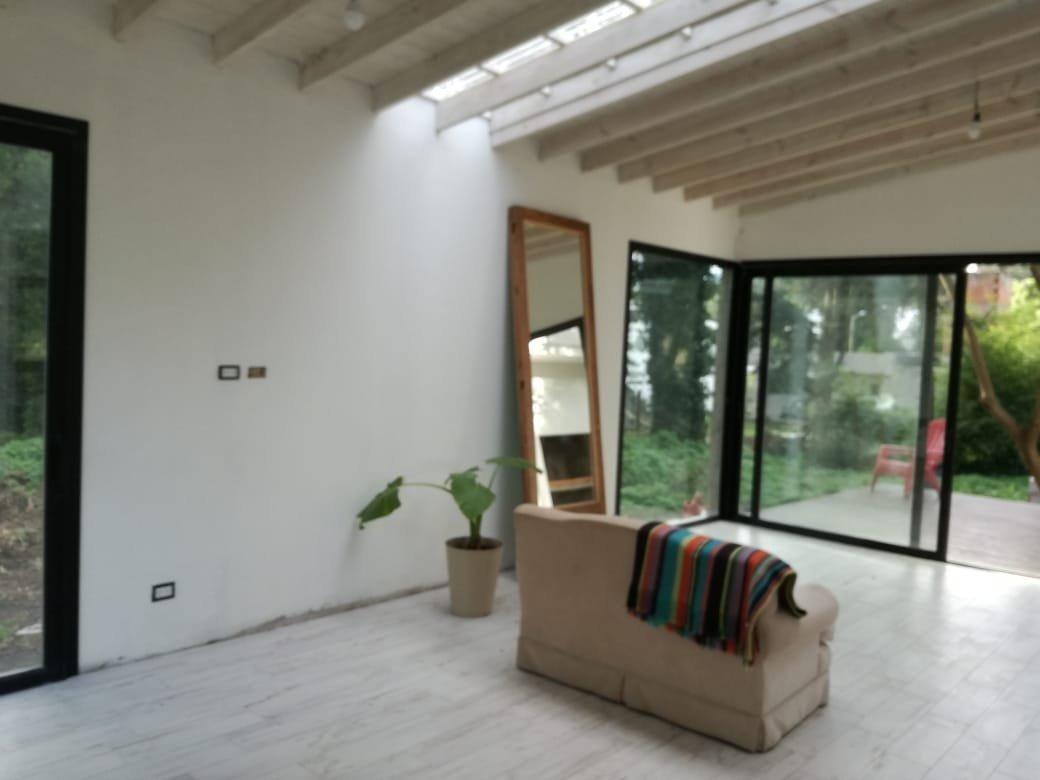 venta casa en bosque peralta ramos de 3 ambientes.