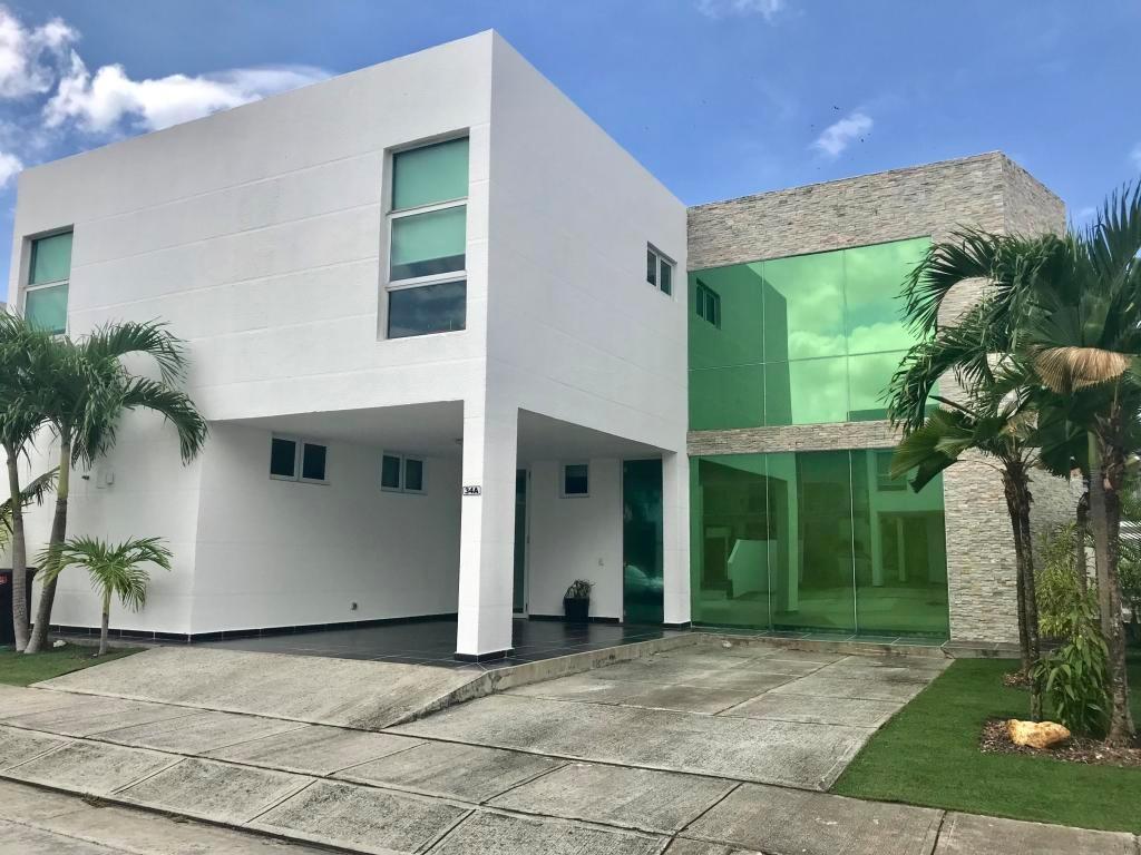 venta casa en costa sur #19-5957hel**