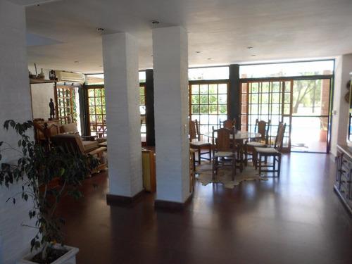 venta casa en dos plantas - náutico escobar country club