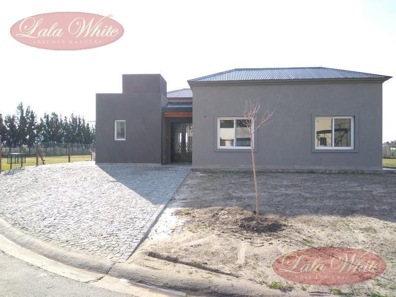 venta - casa en el barrio privado santa inés - canning