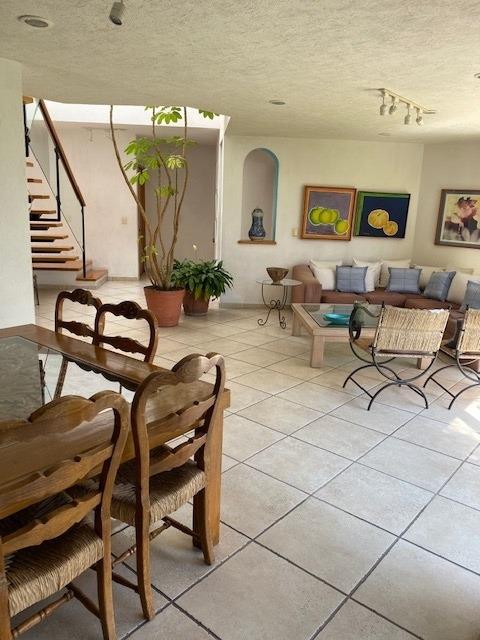 venta casa en esquina lomas de axiomiatla (opcion uso suelo)