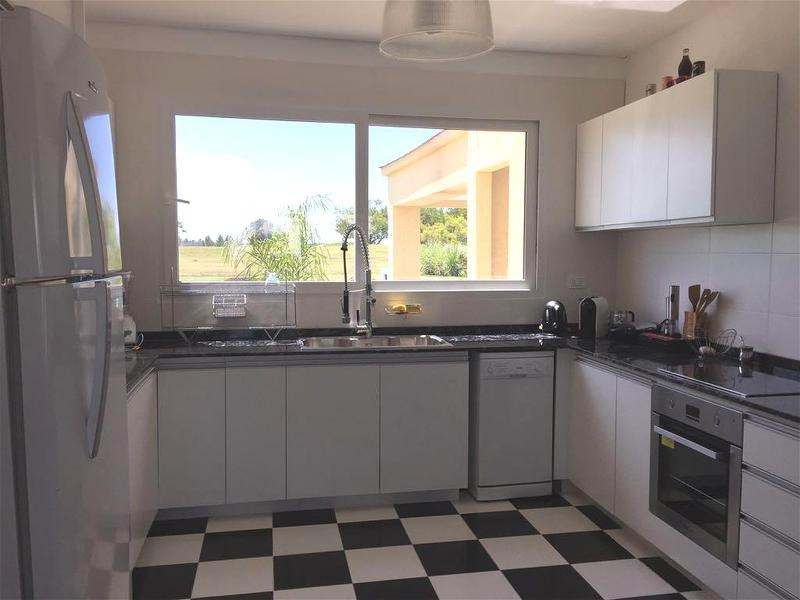 venta - casa en la providencia