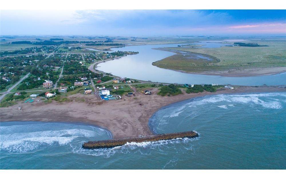 venta casa en mar chiquita 1140m2 de lote