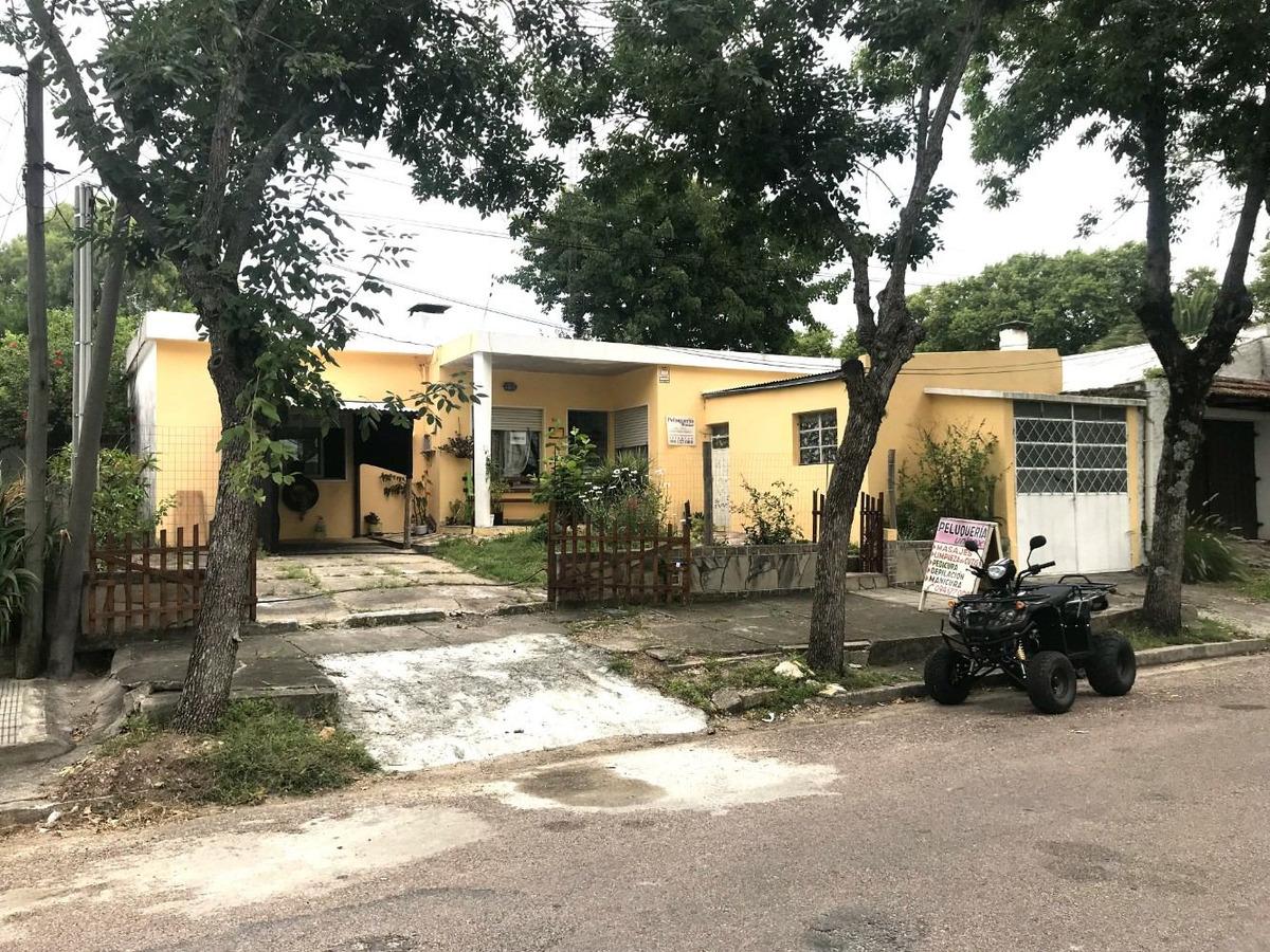 venta casa en trinidad flores 3 dormitorios cochera y patio