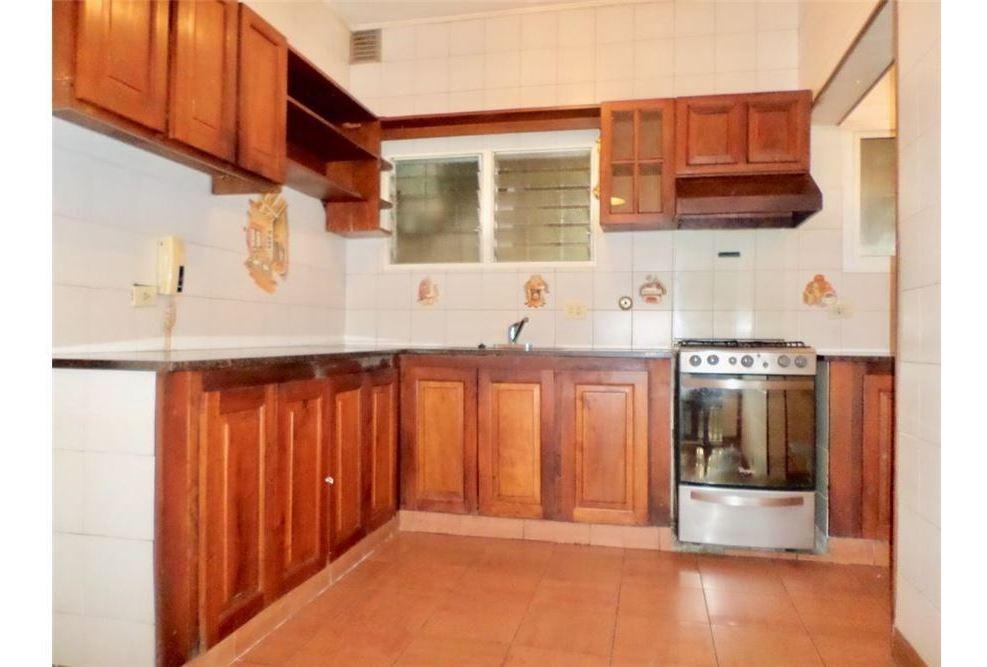 venta casa en villa adelina