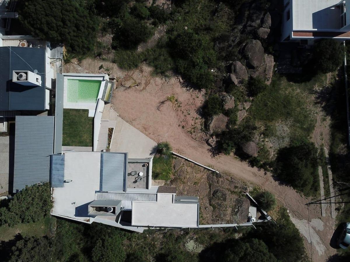 venta casa en villa del lago carlos paz
