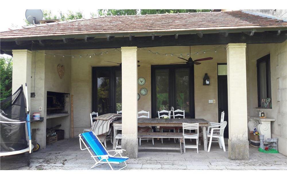 venta casa estilo francés chacras de murray pilar