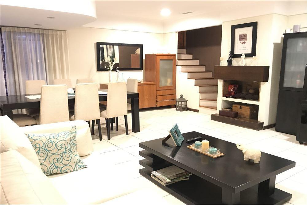 venta casa exclusiva en lo mejor de parque luro