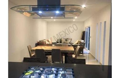 venta casa exclusiva en valle juriquilla ll