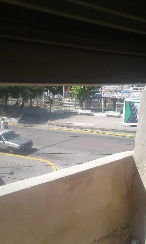 venta casa ezpeleta . centro zona comercial . anti. y cuotas