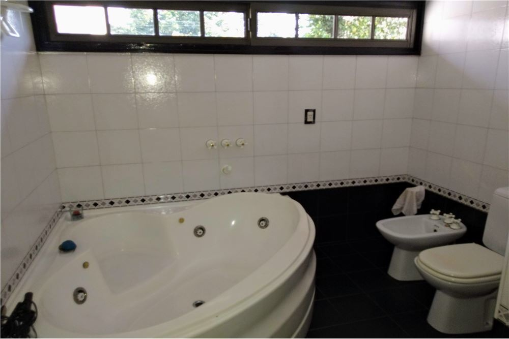 venta casa flores 4 amb 3 baños cochera parque