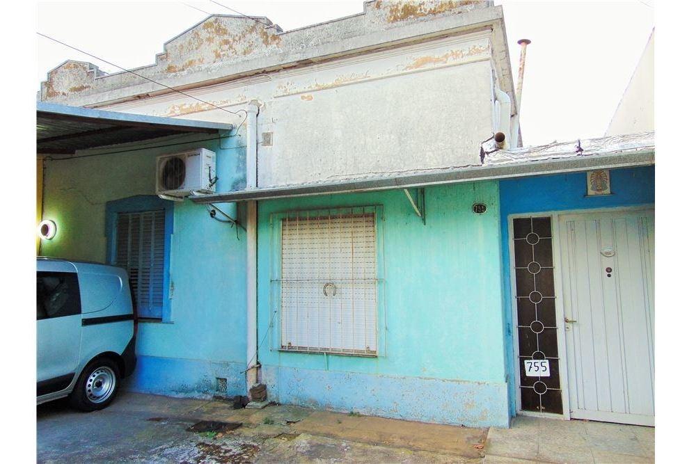 venta casa gran lote lomas de zamora a reciclar