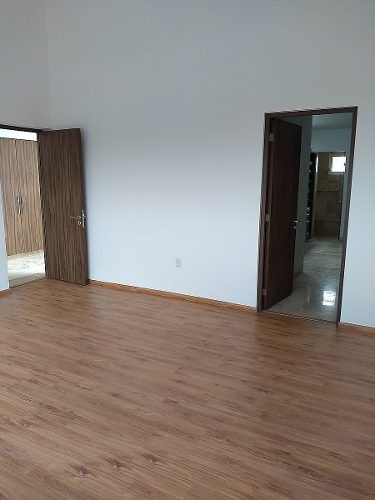 venta casa hermosa en lomas de juriquilla $4,500,000.00 2 plantas 4 recámaras