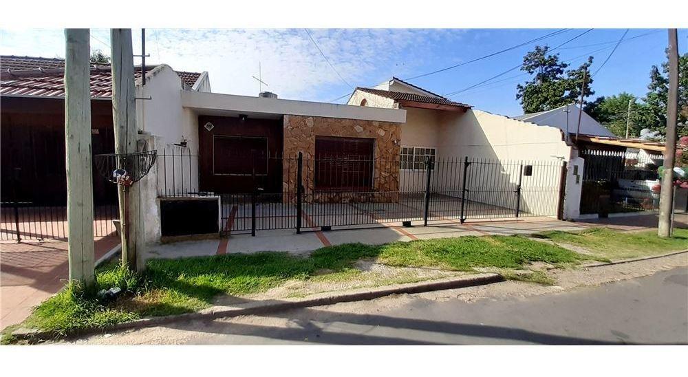 venta casa ideal 2 familias - don torcuato oportunidad!