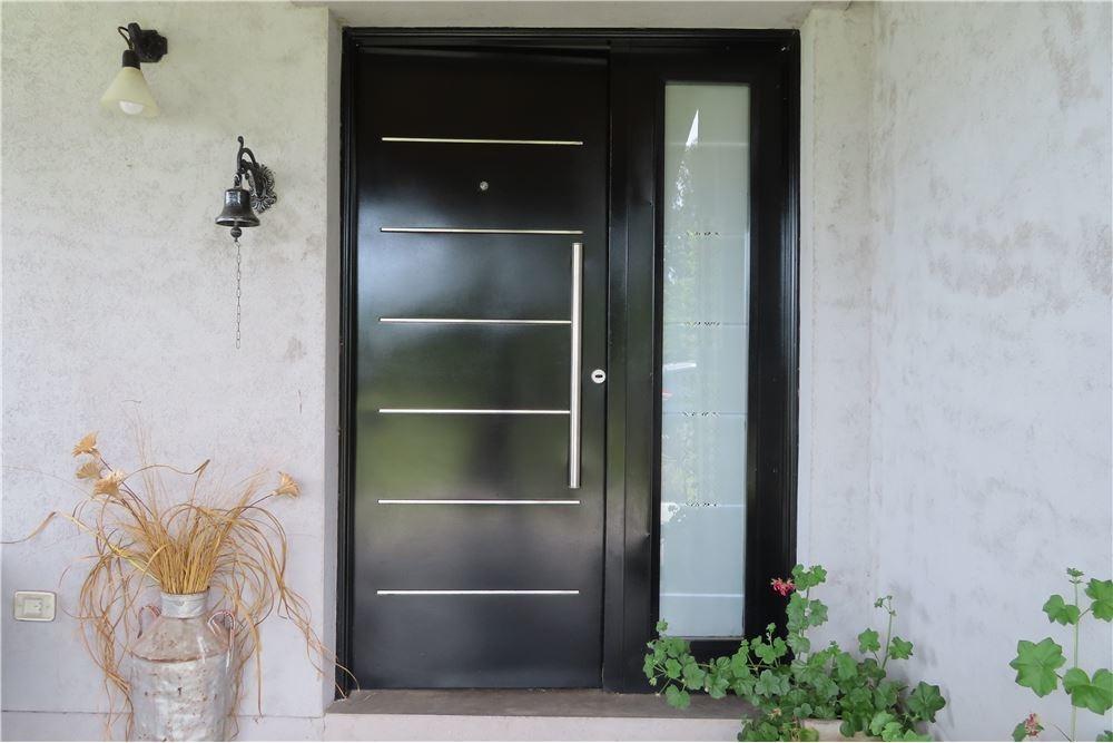 venta casa impecable 4 ambientes b. las calandrias