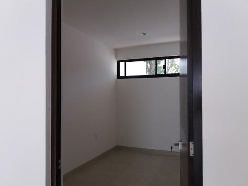 venta casa leon hermosa  3 rec. 3 baños entrega inmediata acceso controlado