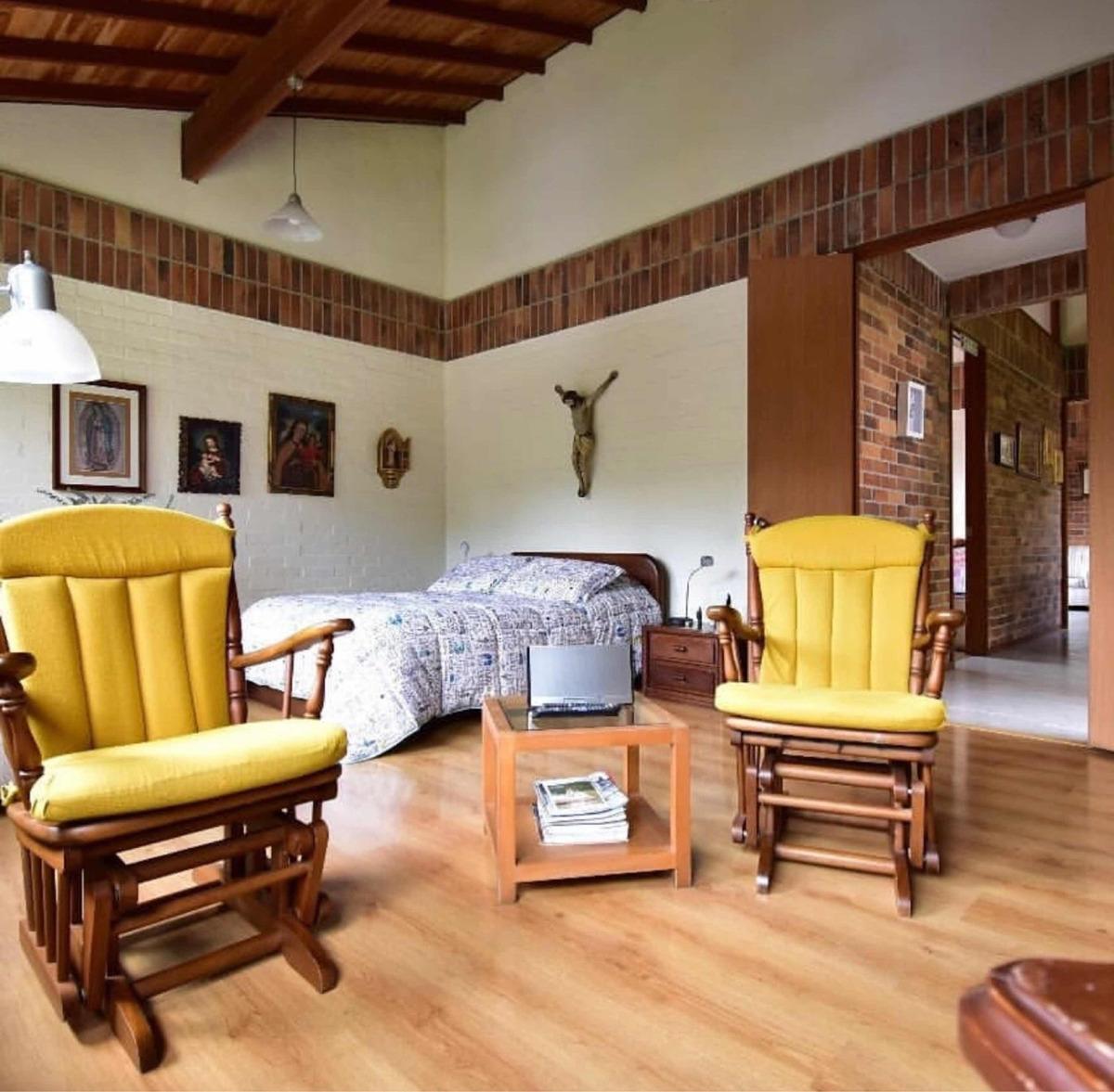 venta casa loma del esmeraldal