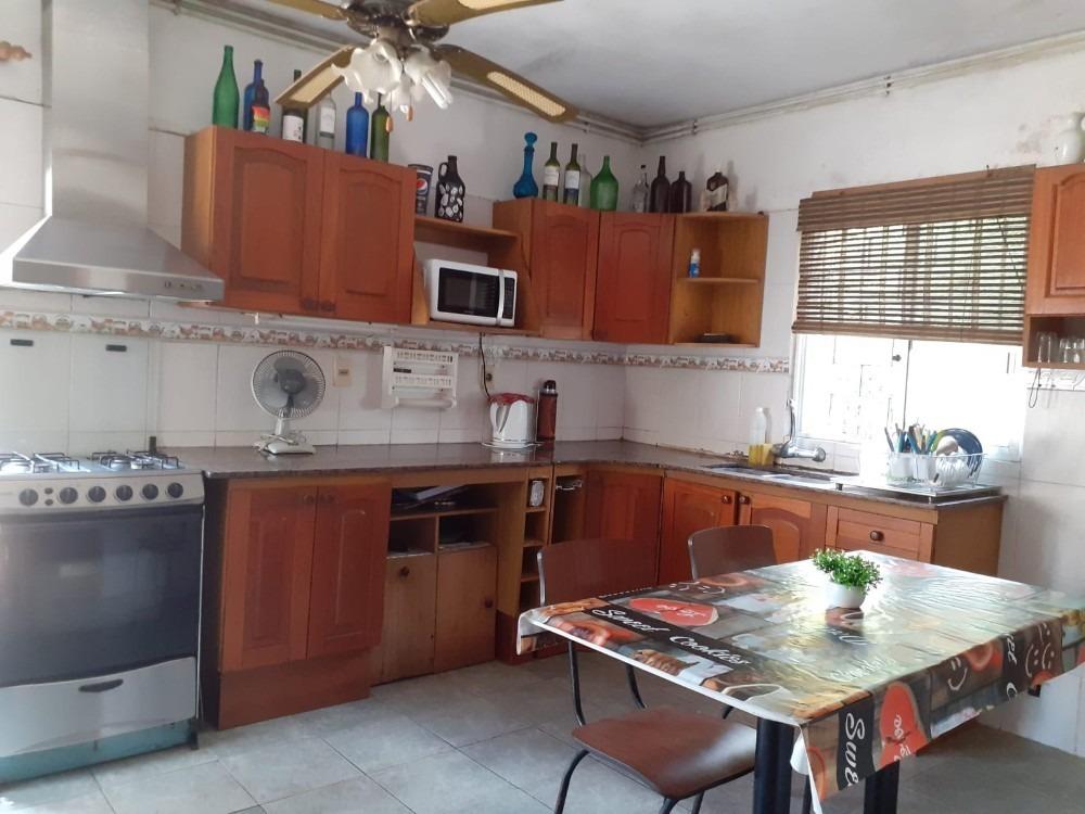 venta casa lomas de solymar 4 dormitorios a metros del mar