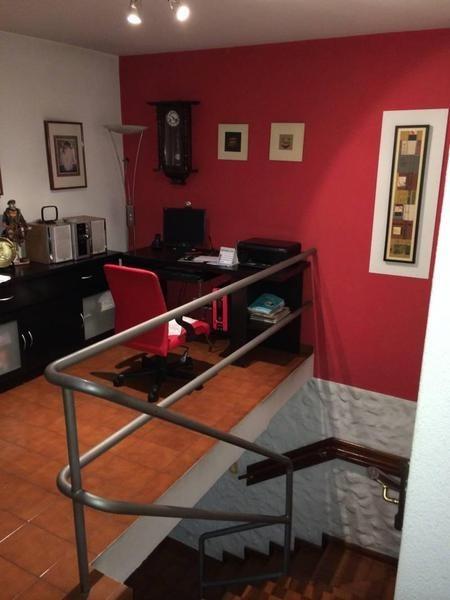 venta casa lote propio c/garage, patio & terraza - boedo, capital federal.