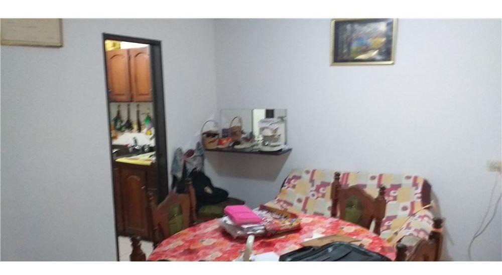 venta casa mariano acosta 6 ambientes