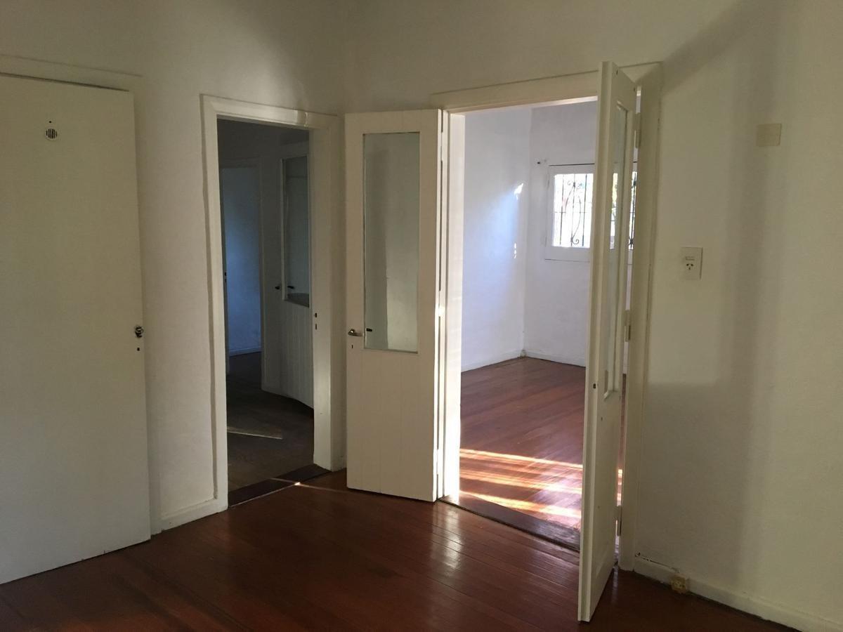 venta casa martinez 3 ambientes y medio