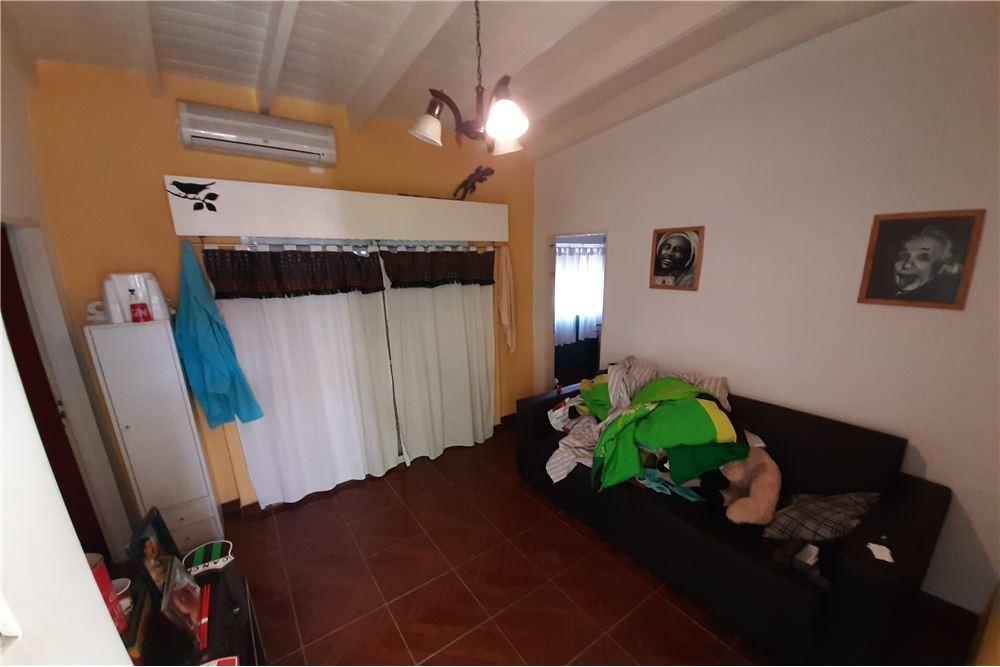 venta casa multifamiliar 6 ambientes c/ cochera