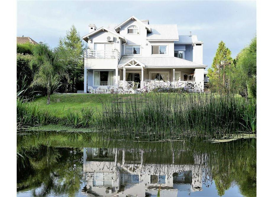 venta casa nordelta al lago''liquido''