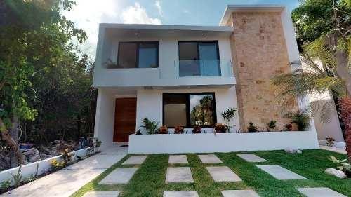 venta casa nueva en condominio playa del carmen cancun