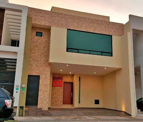 venta casa nueva en villa magna 237