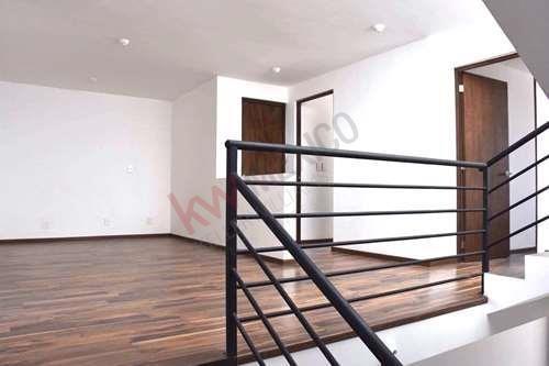 venta casa nueva en villa magna, 3 recámaras, tres niveles, terraza y jardín.